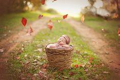 Inspiring Image of the Week by Kayla Sanders Photography on LearnShootInspire.com #newborn #photography