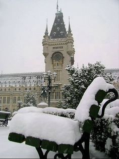 iasi Best Places To Travel, Places To Visit, Visit Romania, Infrared Photography, Famous Castles, Medieval Town, Central Europe, Wonderful Places, Winter