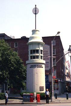 Titanic Memorial Lighthouse, New York at Lighthousefriends.com