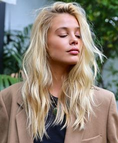 Copper Blonde Hair Color, Pale Blonde Hair, Bleach Blonde Hair, Golden Blonde Hair, Blonde Hair Looks, Blonde Hair With Highlights, Balayage Hair Blonde, Platinum Blonde Hair, Blonde Color