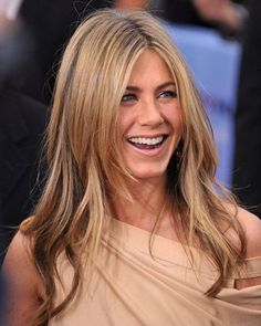 Jennifer Aniston🌷 Movies, TV, Celebs, and more. Cabelo Jenifer Aniston, Jeniffer Aniston, Jennifer Aniston Pictures, Jennifer Aniston Style, Jennifer Aniston Long Hair, Jennifer Aniston Haircut, Straight Hairstyles, Cool Hairstyles, Spring Hairstyles