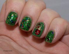 Lacky Corner: Winter Nail Art Challenge - Tinsel or Ornaments