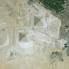 Marea Piramidă - imagine satelit Great Pyramid Of Giza, Pyramids Of Giza, Seven Wonders, Space Crafts, Egypt, City Photo, Old Things, World, Instagram Posts