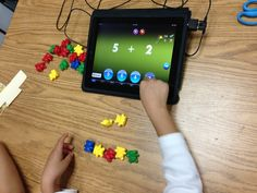 Addition with the iPad using Math Magic app (0.99) Connecting concrete with abstract for young kids Preschool Math, Kindergarten Math, Math Classroom, Teaching Math, Elementary Math, Fun Math, Teaching Technology, Educational Technology, Math Magic