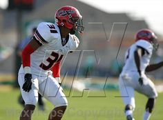 "Football photo gallery ""Arlington vs. Cedar Hill (UIL 5A Division 2 Regional Playoff)"" for Cedar Hill high school - MaxPreps"