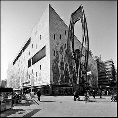 Naum Gabo, Bijenkorf Construction, Rotterdam, c. 1954