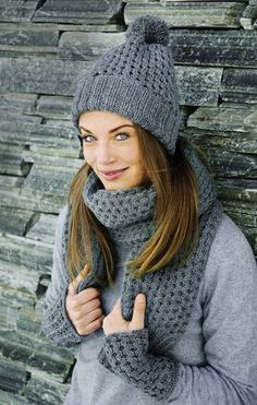 Fashionable hat, scarf and mitts simple pattern & quot; Shawl Patterns, Knitting Patterns Free, Free Knitting, Baby Knitting, Knit Crochet, Crochet Hats, Crochet Fashion, Knit Beanie, Mittens