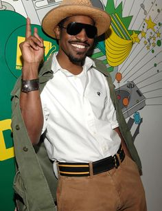 Such a classy way to dress. Love it  Andre 3000
