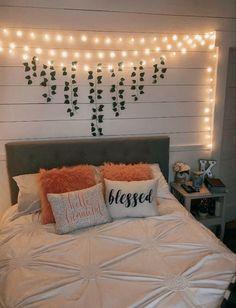 Cute Bedroom Decor, Bedroom Decor For Teen Girls, Teen Room Decor, Room Ideas Bedroom, Small Room Bedroom, Bedroom Inspo, Diy Bedroom, Teen Bedroom, Aesthetic Room Decor