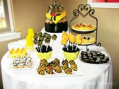 Bumble Bee, Spring, Baby Girl, Baby Shower Baby Shower Party Ideas | Photo 1 of 10 | Catch My Party