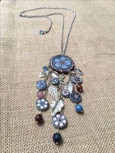collar Diseños Sonia de la Torre de la colección azules, rosas y marrones  https://www.facebook.com/TOCADORDEMACA/photos/pcb.1006611046150850/1006609236151031/?type=3