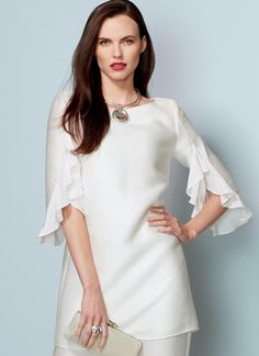 Vogue Patterns Sewing Pattern Misses' Ruffle-Sleeve Tunic and Bootcut Jumpsuit Kurti Sleeves Design, Sleeves Designs For Dresses, Kurti Neck Designs, Sleeve Designs, Blouse Designs, Vogue Patterns, Dress Patterns, Sewing Sleeves, Designer Dresses