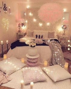41 decorate dream room with teen room decor makeover and accessories Young R… Young Room – home accessories Bedroom Ideas For Teen Girls, Cute Bedroom Ideas, Teen Room Decor, Girl Bedroom Designs, Teen Girl Bedrooms, Room Ideas Bedroom, Girly Bedroom Decor, Bedroom Inspiration, Bed Room