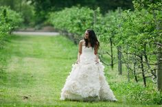 Beautiful bride in a beautiful Monique Lhuillier gown
