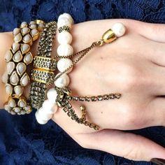 Trio de pulseiras no banho ouro da família Clepsidra #camilaklein #fashionjewelry