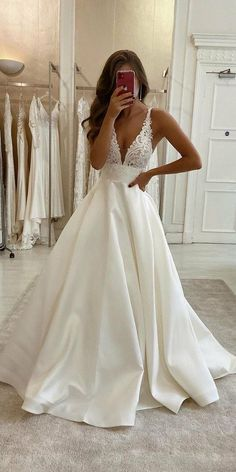 Wedding Dress Black, Cute Wedding Dress, Best Wedding Dresses, Bridal Dresses, Wedding Gowns, Wedding Cakes, Wedding Rings, Modest Wedding, Trendy Wedding