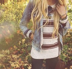Comfy fall spring outfit striped stripes sweater jean hacket relaxed easy hippy chill vibe simple