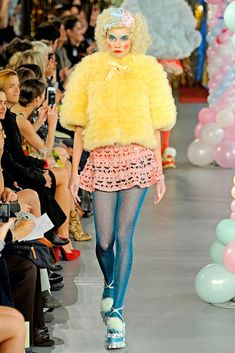 Meadham Kirchhoff Spring 2012 Ready-to-Wear Fashion Show