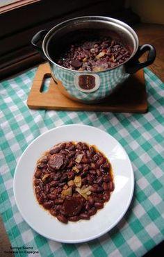 'Caparrones', les haricots rouges espagnoles avec du 'chorizo'