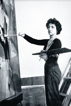 Françoise Gilot is a French painter and was the mistress and muse of the Spanish artist Pablo Picasso. She is the mother of their children Claude and Paloma. At 21 she met Pablo Picasso (then The relationship lasted from 1944 to Pablo Picasso, Artist Life, Artist Art, Artist At Work, Francoise Gilot, Painters Studio, Artists And Models, Famous Artists, Art Studios