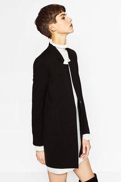 Image of 是時候為辦公室衣櫥換季!Zara 發佈 2016 早秋 Wear To Work 系列,黑白灰以外還有更多選擇!