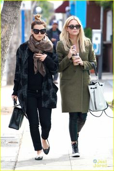 Ashley Benson Wears Cool Leopard Sneakers for Brunch: Photo Check out Ashley Benson's cool footwear -- leopard printed Converse high-tops! The Pretty Little Liars rocked the new kicks with with a bucket purse… Leopard Sneakers, Leopard Print Converse, Ashley Benson, Brunch, Pretty Little Liars, Fall Outfits, High Tops, Winter Fashion, Fall Winter