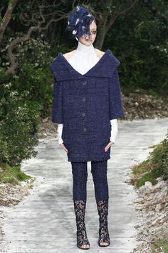 coat dress, oversize collar, unique collar shape, open neck, bracelet sleeves, tweed  Chanel, SP'13 Couture, Paris Fashion Week
