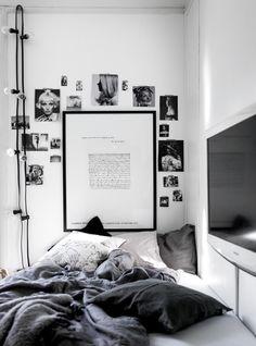 Bedroom bed, home decor bedroom, diy home decor, bedroom la Minimal Bedroom, Modern Bedroom, Room Ideas Bedroom, Home Decor Bedroom, Bedroom Interiors, Bedroom Lamps, Bedroom Bed, Black Bedroom Design, Bedroom Designs