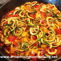 Hier ist ein leckeres Rezept für eine schmackhafte Zucchini-Kreation #rezept #vegan #glutenfrei