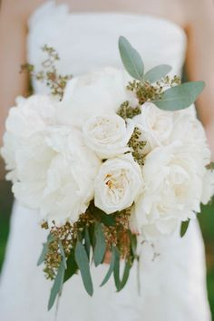 Ten of the best peony bouquets for contemporary weddings   b.loved weddings   UK Wedding Blog & Inspiration for Pretty Contemporary Weddings...