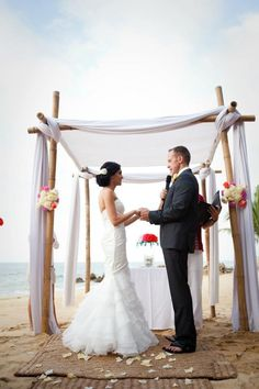 My fav arbor for a  Beach Wedding