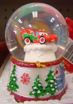 Disney Pixar Lightning McQueen Christmas snowglobe
