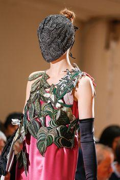 Maison Margiela Fall 2013 Couture Fashion Show Details