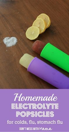 Homemade Electrolyte Popsicles - & homemade electrolyte drink - Ditch the store-bought electrolyte popsicles that are full of sugar and artificial ingredients. Homemade electrolyte popsicles are cheaper and easy to make. Natural Home Remedies, Herbal Remedies, Health Remedies, Holistic Remedies, Cold Remedies, Healthy Snacks, Healthy Recipes, Healthier Desserts, Healthy Drinks