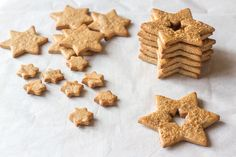 Estrelas com Especiarias de Natal ♥ GlutenFree com paixão Sweet Little Things, Pancakes And Waffles, Cupcake Cookies, Cupcakes, Vegan, Scones, Gingerbread Cookies, Healthy Recipes, Healthy Food