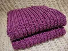 Vanuttunut Villasukka: Kaulaliina Elmerille Knitted Hats, Knitting, Decor, Decoration, Tricot, Breien, Stricken, Weaving, Knits