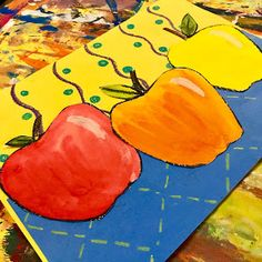 This week, Kindergarten started working on their color mixing apple project! We got our inspiration from the website Deep Space Sparkl...
