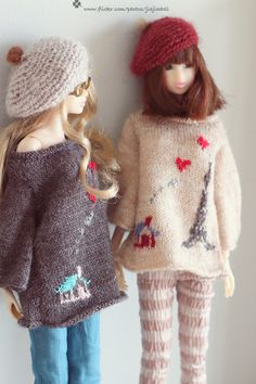 """I'm very happy to design the"""" love love La Tour Eiffel"""" sweater for momoko. At first, I have design 2 kind of stripes skirt to go with. I think this style looks Knitting Dolls Clothes, Crochet Barbie Clothes, Knitted Dolls, Barbie Song, 2 Kind, Barbie Party, Barbie Fashionista, Clothes Crafts, Beautiful Dolls"""