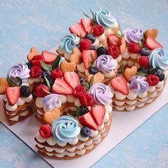 Очередная циферка 2️⃣9️⃣ Каждый торт неповторимый и только для Вас❤️ ————————————————-#тортмосква #торт #тортик #тортыназаказ… Biscuit Cake, Mini Cupcakes, Biscuits, Desserts, Food, Crack Crackers, Tailgate Desserts, Cookies, Deserts