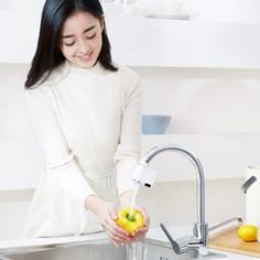 Hands Free Kitchen and Bathroom Gadgets Fun T-Shirts Felt Boards and Accessories Kitchen On A Budget, Kitchen Ideas, Water Saving Devices, Water Efficiency, Water Storage, Bathroom Sink Faucets, Save Water, Save Energy, Simple Designs