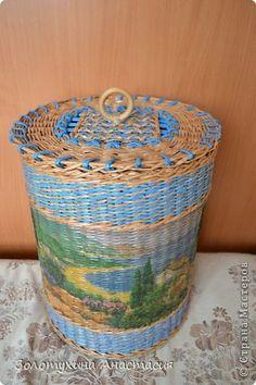 Поделка изделие День рождения Декупаж Плетение Корзина для игрушек  Бумага газетная Картон Салфетки фото 1