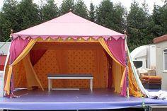 Stijvolle Tenten – Chique- Feest-Tuinfeest-huwelijk- trouwen bijzonder feest in een tent