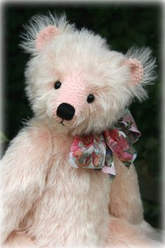 Hollyhock was designed and created by #PaulaCarter #teddy #teddybears #teddybear #teddies #mohair #artistbear #artistbears #pink