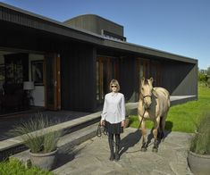 A Bethells Beach house that fuses history and modernity - Homes To Love