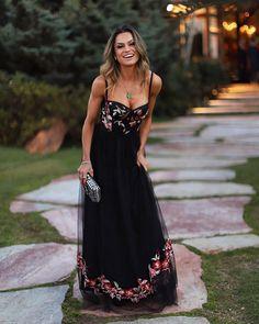 @jujunorremose 😻 Vestido incrível já disponível em nosso e-commerce em quantidades limitadas e sob encomenda {mais detalhes por direct 📲}…