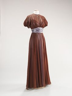 Ensemble, Evening  Date: ca. 1942 Culture: American Medium: silk Dimensions: Length at CB (a): 12 in. (30.5 cm) Length at CB (b): 56 in. (142.2 cm) Credit Line: Brooklyn Museum Costume Collection at The Metropolitan Museum of Art, Gift of the Brooklyn Museum, 2009; Gift of the estate of Elinor S. Gimbel, 1984 Accession Number: 2009.300.1366a, b