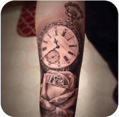 Tattoos, tattoo kind, tattoo tattoos for kids, small tattoos, key tat Girly Tattoos, Mini Tattoos, Tattoos Skull, Trendy Tattoos, Rose Tattoos, New Tattoos, Body Art Tattoos, Small Tattoos, Tatto Clock