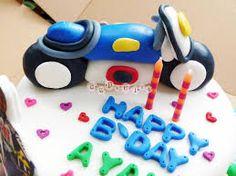 Afbeeldingsresultaat voor cake valentino rossi Bike Cakes, Valentino Rossi, Bicycle Cake