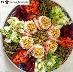 ~ Salad in 2019 Baby Food Recipes, Chicken Recipes, Healthy Recipes, Moroccan Salad, Moroccan Decor, Arabic Food, Iftar, Food Presentation, Food Design
