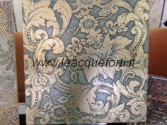 Algedi collection by AKROS. Tile on marble biancone decorated gold 40x40x1cm.